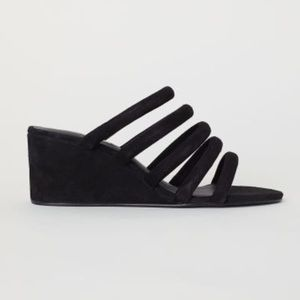 H&M ✨NWT✨Special Edition Tubular Black Suede Wedge
